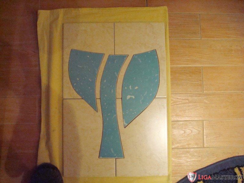Кладу плитку в ванной