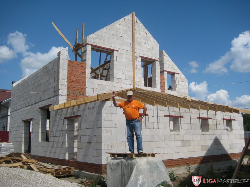 Build work / Construction houses and summer residences