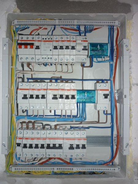 Сборка электрощитка в частном доме своими руками 220в